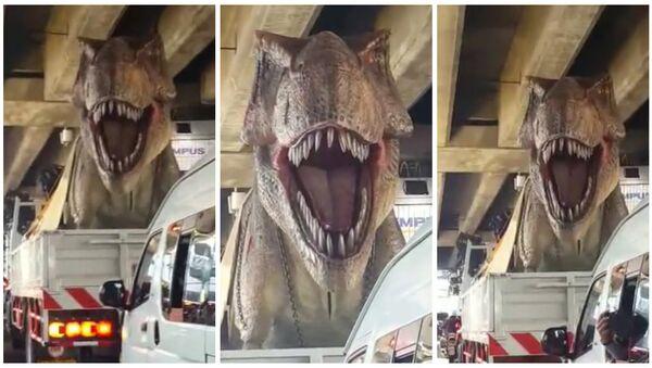 Bangkok sokaklarında T-Rex dehşeti - Sputnik Türkiye