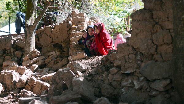 Pakistan'da kız çocukları - Sputnik Türkiye