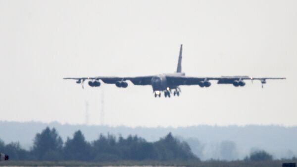 B-52 bombardıman uçağı - Sputnik Türkiye