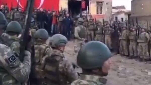 Operasyonların tamamlandığı Sur'da 'komando andı' - Sputnik Türkiye