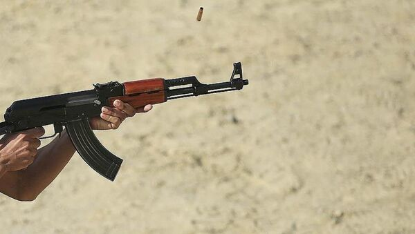 Polis Akademisinde her rütbedeki emniyet personeline verilen yıllık atış eğitimlerine tabanca ve MP-5'in yanı sıra 'kalaşnikof' olarak bilinen AK-47 de eklendi. - Sputnik Türkiye