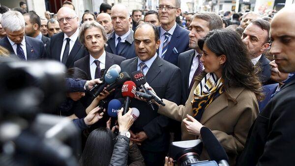 İsrail İstanbul Başkonsolosu Shai Cohen, İstiklal Caddesi'nde canlı bomba saldırısına ilişkin açıklama yaptı. - Sputnik Türkiye