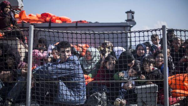 Midilli'deki sığınmacılar - Sputnik Türkiye