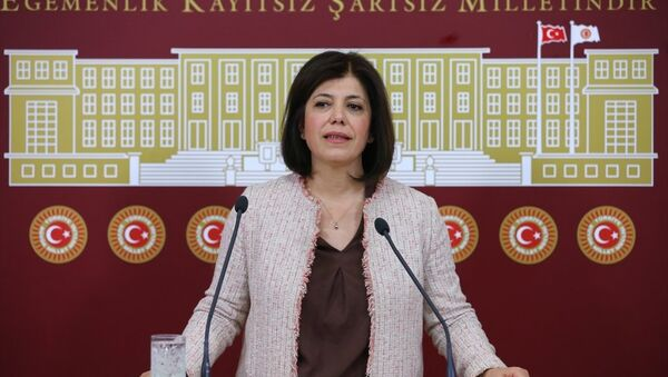 HDP Adana Milletvekili Meral Danış Beştaş - Sputnik Türkiye