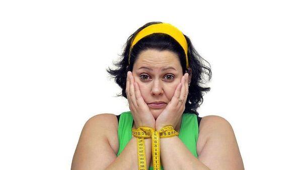 Dünyada obez insanların sayısının zayıflardan daha fazla olduğu belirlendi. - Sputnik Türkiye