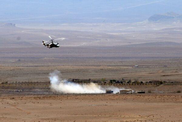 Ka-52 helikopteri Suriye'de - Sputnik Türkiye