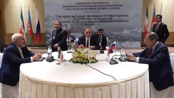 Rusya, Azerbaycan ve İran dışişleri bakanları - Sputnik Türkiye