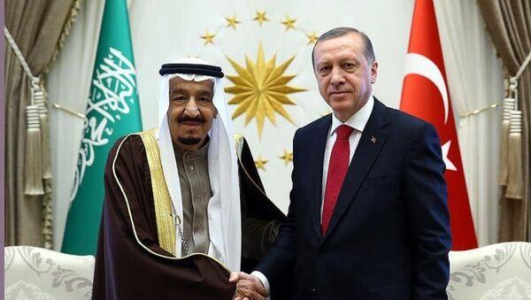 Cumhurbaşkanı Recep Tayyip Erdoğan ile Suudi Arabistan Kralı Selman bin Abdülaziz Al Suud - Sputnik Türkiye