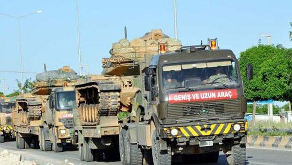 Suriye sınırına zırhlı araç sevkiyatı - Sputnik Türkiye