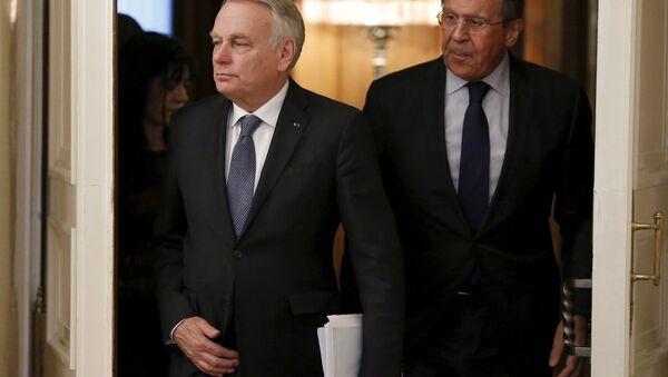 Rusya Dışişleri Bakanı Sergey Lavrov ve Fransa Dışişleri Bakanı Jean-Marc Ayrault - Sputnik Türkiye