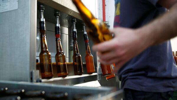 Herzl Birahanesi, 2000 yıllık buğdaylarla 'İncilsel bira' üretti. - Sputnik Türkiye