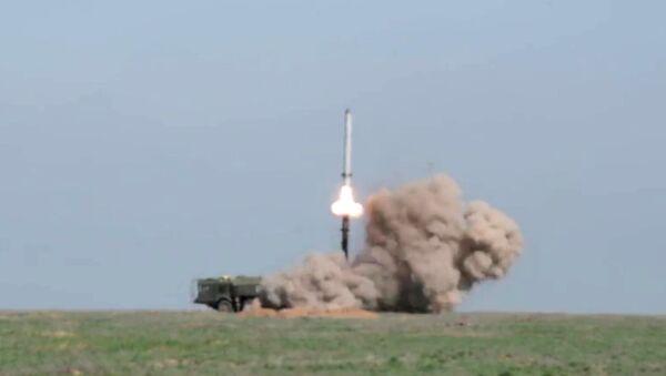 Rusya Savunma Bakanlığı, Astrahan bölgesinin Kapustin Yar poligonunda gerçekleşen İskender-M balistik füze denemesinin başarılı olduğunu açıkladı. - Sputnik Türkiye