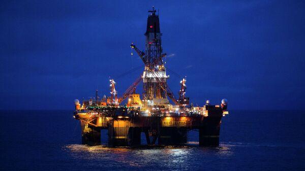 Uluslararası Enerji Ajansı'nın (IEA) açıklamasına göre, Rusya 2015 yılında dünyanın en çok petrol üreten ülkesi oldu. Rusya geçen yıl her gün toplam 10 milyon 590 bin varil petrol üretti ve dünyanın petrol ihtiyacının yüzde 14.5'ini karşıladı.  - Sputnik Türkiye