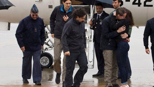 El Kaide'nin kaçırdığı İspanyol gazeteciler Angel Sastre, Antonio Pampliega ve Jose Manuel Lopez. - Sputnik Türkiye