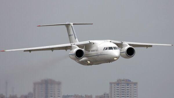 Antonov şirketinin ürettiği An-158 tipi yolcu uçağı - Sputnik Türkiye