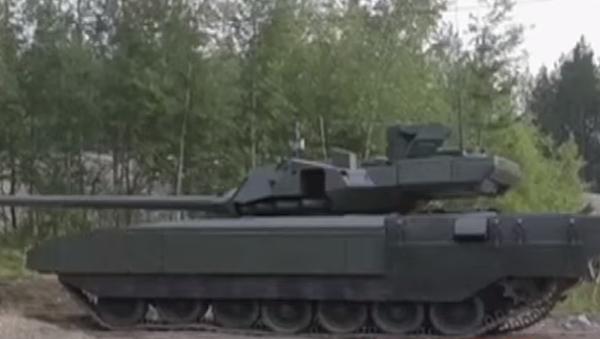 Seri üretimine başlanılan Armata T-14 tanklarının ilk partisi testlere başladı. Gelecek yıl Rus Silahlı Kuvvetleri'ne testleri başarıyla tamamlayan 100 tank tahsis edilecek. - Sputnik Türkiye