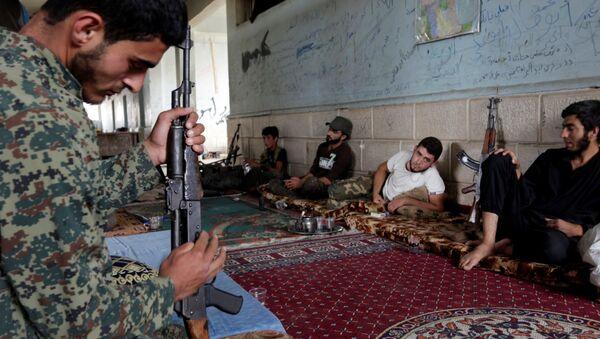 Fetih Ordusu için savaşan Ceyş'ül Sunne militanları / Halep - Sputnik Türkiye