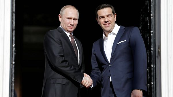 Rusya Devlet Başkanı Valdimir Putin ve Yunanistan Başbakanı Aleksis Çipras - Sputnik Türkiye
