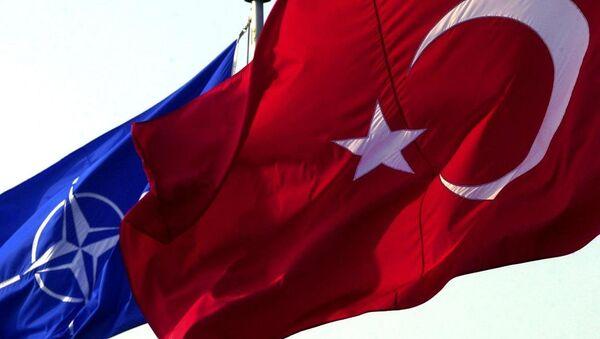 Türkiye - NATO - Bayrak - Sputnik Türkiye