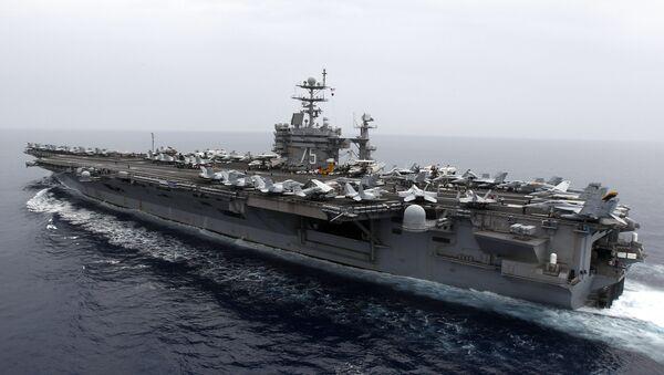 ABD'nin Akdeniz'deki savaş gemisi USS Harry S Truman. - Sputnik Türkiye