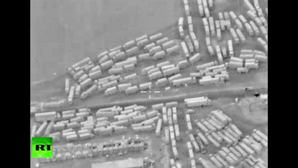 Rus İHA'sı Türkiye'den Suriye'ye silah taşıyan TIR'ları görüntüledi. - Sputnik Türkiye