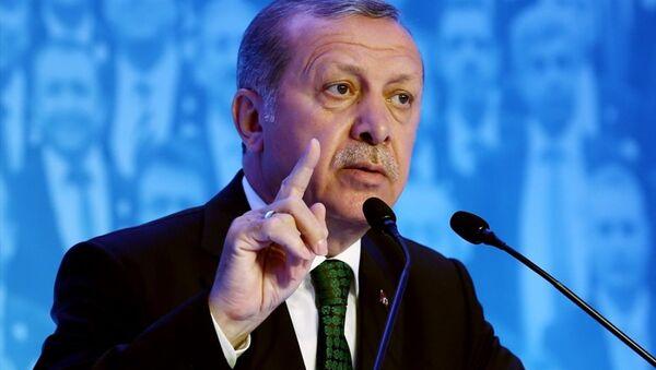 Cumhurbaşkanı Recep Tayyip Erdoğan, Türkiye İhracatçılar Meclisi (TİM) 23. Olağan Genel Kurulu ve İhracatın Şampiyonları Ödül Töreni'ne katılarak konuşma yaptı. - Sputnik Türkiye