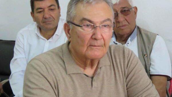 Eski CHP Genel Başkanı ve Antalya Millevekili Deniz Baykal. - Sputnik Türkiye