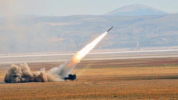 Fırtına obüsleri ve roketatar bataryalar - Sputnik Türkiye