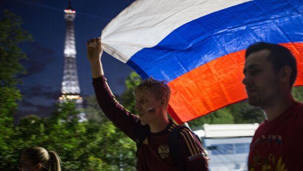 EURO 2016 - Rus taraftarlar - Sputnik Türkiye