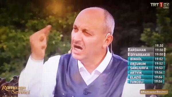 'Ramazan Sevinci' adlı programa katılan Prof. Dr. Mustafa Aşkar - Sputnik Türkiye