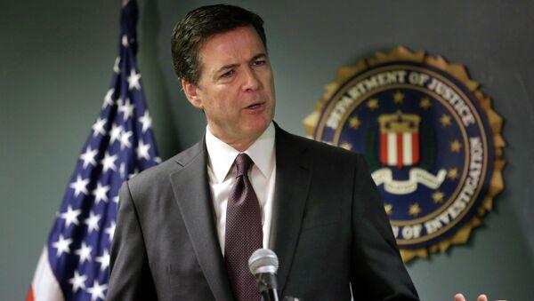 FBI Başkanı James Comey - Sputnik Türkiye