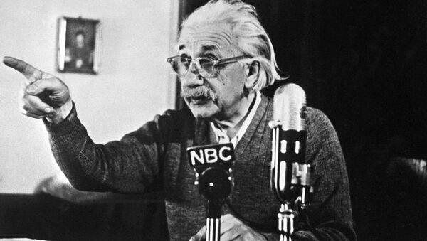 Albert Einstein - Sputnik Türkiye