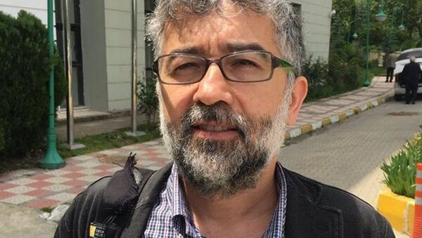 Sınır Tanımayan Gazeteciler (RSF) Türkiye Temsilcisi Erol Önderoğlu - Sputnik Türkiye