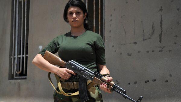 IŞİD'e karşı savaşan kadın peşmergeler - Sputnik Türkiye