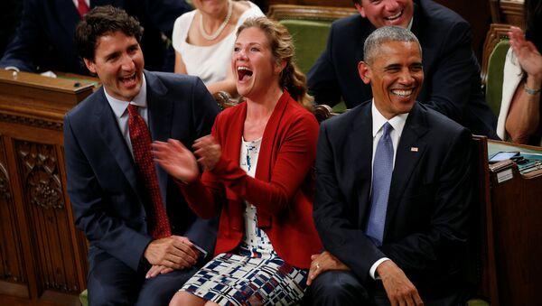 Kanada Başbakanı Justin Trudeau- ABD Başkanı Barack Obama - Sputnik Türkiye
