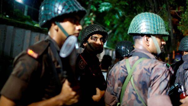 Bangladeş'te saldırı. - Sputnik Türkiye