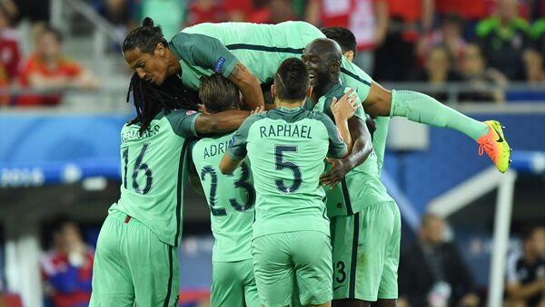 EURO 2016 ilk yarı final maçında Portekiz, Galler'i 2-0 yenerek finale adını yazdırdı - Sputnik Türkiye