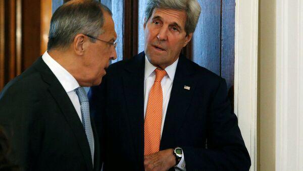 Rusya Dışişleri Bakanı Sergey Lavrov ve ABD'li mevkidaşı John Kerry - Sputnik Türkiye