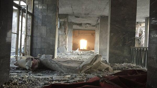 Darbe girişimi sırasında TBMM binası bombalandı - Sputnik Türkiye