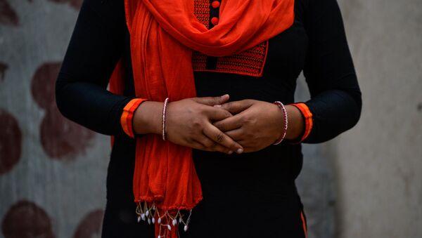 Tecavüz mağduru Hindistanlı bir kadın. - Sputnik Türkiye