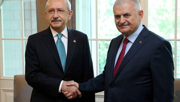 Kemal Kılıçdaroğlu - Binali Yıldırım - Sputnik Türkiye