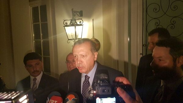 Darbe girişimi - Cumhurbaşkanı Erdoğan Marmaris'te gazetecilere açıklamalarda bulundu - Sputnik Türkiye