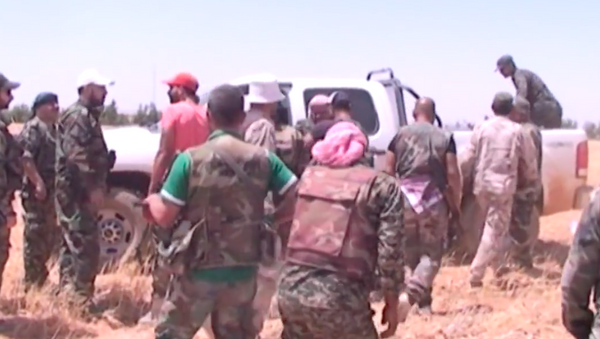 Suriye ordusu Tel al-Tut ve Bediye bölgesinde - Sputnik Türkiye