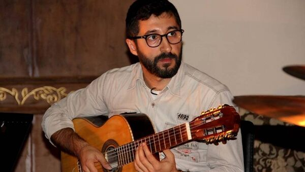 Ermeni gitar Eğitmeni Ari Hergel - Sputnik Türkiye