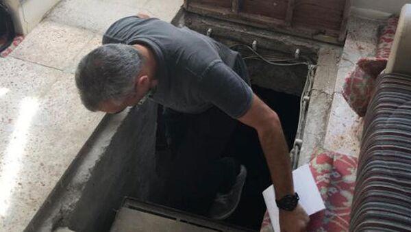 Cemaat okulunda 200 metrelik tünel - Sputnik Türkiye