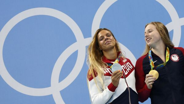 ABD'li yüzücü Lilly King- Rus Yuliya Yefimova - Sputnik Türkiye