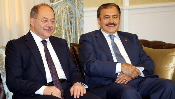 Orman ve Su İşleri Bakanı Veysel Eroğlu ve Sağlık Bakanı Recep Akdağ, Erzurum'da - Sputnik Türkiye