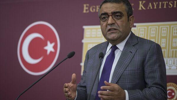 CHP İstanbul Milletvekili Mustafa Sezgin Tanrıkulu - Sputnik Türkiye