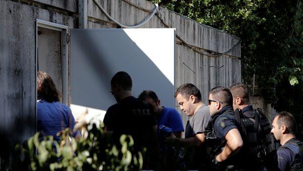 Darbe girişiminin ardından Yunanistan'ın Dedeağaç kentine kaçan askerler - Sputnik Türkiye