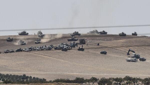 Türkiye-Suriye sınırına 3 km mesafedeki Keklice IŞİD'in elinden alındı. - Sputnik Türkiye